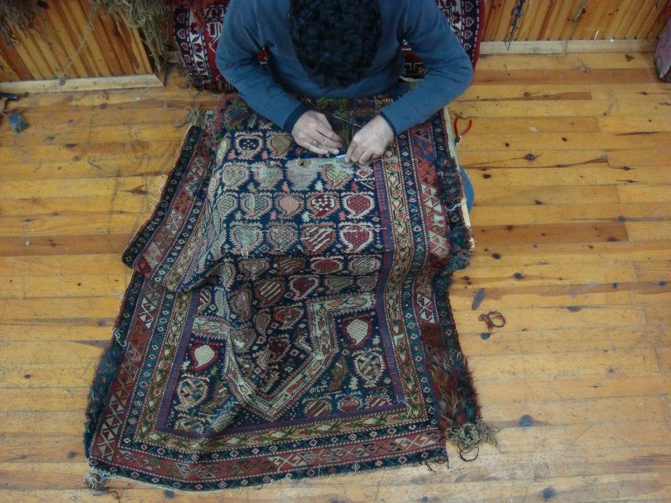 Tappeti Kilim Roma : Restauro tappeti a roma garanzia professionale
